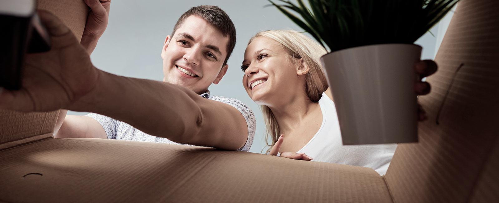 Garde-meubles pour entreposer meubles et objets